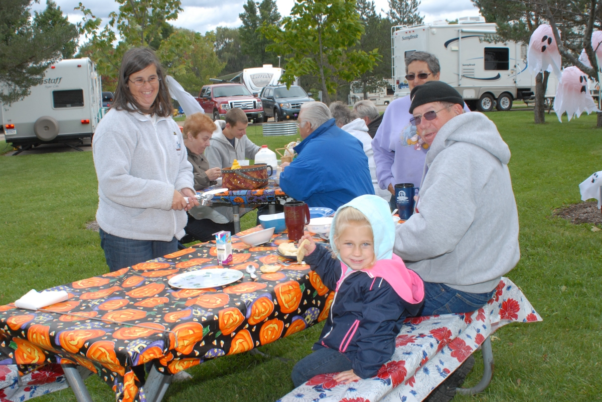 Food, fun and crafts galore!