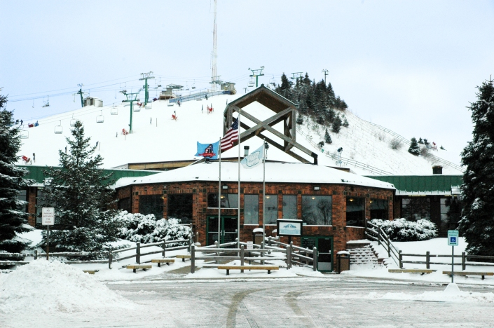 Pine Knob's lodge sits at the bottom of the slopes.